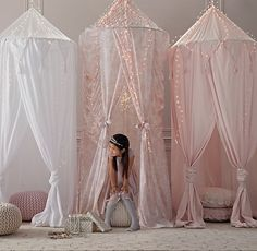 Antique Floral Play Canopy.