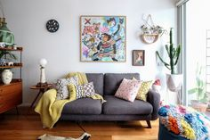 Australia Home Tour: A Maximalist Colorful Mashup | Apartment Therapy