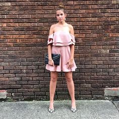 <pretty in pink> IN STOCK NOW! Call to purchase (304)525.2204 #vcstyle #shopvc #ootd #whatiwore #wv #huntingtonwv #womensstyle #womensfashion #fashion #streetstyle #style #stylist #boutique #boutiqueshopping #instacool #instadaily #instastyle #instafashion #igers #fall16 #onlineshopping #igshop #shopping #instashop #instalike #finderskeepers #samedelman #rebeccaminkoff #kendrascott