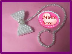 Como fazer prendedor de chupeta de pérolas para Bebê Reborn e real - YouTube Beaded Crafts, Bracelet Tutorial, Kids And Parenting, Kit, Alice, Creations, Barbie, Bows, Pacifier Clips