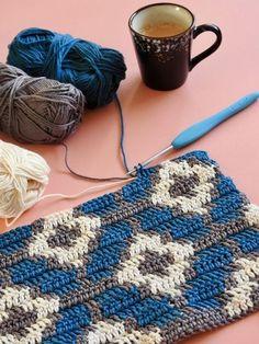 byClaire patroon – Motief TAS – ByClaire – Haakpatronen, Haakboeken, Haakgaren haakpatronenJenny the Bunny pattern by Janine FaassenРукоделие Crochet Diy, Crochet Books, Tapestry Crochet, Crochet Crafts, Crochet Projects, Blanket Crochet, Crochet Motif, Diy Crafts, Crochet Stitches Patterns