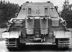 Detailed view of a relatively new Jagdtiger showing rear areas of the famous tank hunter.