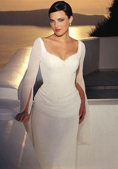 Elegant Wedding Dresses with Sleeves for older brides | Wedding+dresses+with+sleeves+(4).jpeg