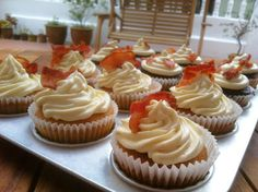 Delicious sweet and savoury Maple Bacon Cupcakes!