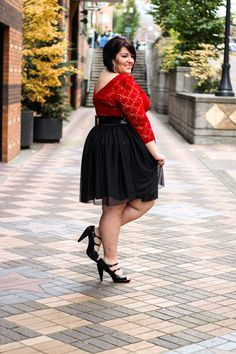 Life & Style of Jessica Kane { a body acceptance and plus size fashion blog } Big curvy plus size women are beautiful! fashion curves real women accept your body body consciousness