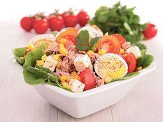 Obrok salate kakve do sada niste probali. 1.Tuna sa prelivom od senfa; 2.Brokoli sa jogurtom; 3.Krompir salata sa susamom i kimom; 4.Pecurke i piletina sa pirincem; 5.Urnebes salata.