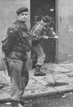 A Para smashing in a door during searches. Highlands, Dublin, Ride Of The Valkyries, Erin Go Braugh, Northern Ireland Troubles, Irish Republican Army, Parachute Regiment, World Conflicts, Michael Collins