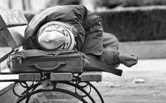 Bεβαίωση μόνιμης κατοικίας ζητά από τους άστεγους ο δήμος Αθηναίων! - http://www.kataskopoi.com/106367/b%ce%b5%ce%b2%ce%b1%ce%af%cf%89%cf%83%ce%b7-%ce%bc%cf%8c%ce%bd%ce%b9%ce%bc%ce%b7%cf%82-%ce%ba%ce%b1%cf%84%ce%bf%ce%b9%ce%ba%ce%af%ce%b1%cf%82-%ce%b6%ce%b7%cf%84%ce%ac-%ce%b1%cf%80%cf%8c-%cf%84%ce%bf/