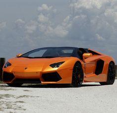 Lamborghini - Aventador Roadster