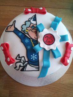 halve Sarah, 25jaar... HOERAAAAA ! Hollandse taart! tiramisu taart!