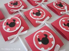 8 Minnie Mouse Covered Lollipops Red Party by PorDebaixoDosPanos, $8.00