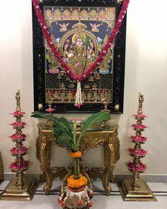 Ammavaru Indian Inspired Decor, Indian Home Decor, Festival Decorations, Flower Decorations, Mandir Design, Pooja Room Door Design, Ethnic Decor, Flower Rangoli, Puja Room