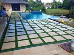 This particular photo is certainly an inspirational and high-quality idea Pool Paving, Grass Pavers, Synthetic Lawn, Pool Remodel, Natural Swimming Pools, Outdoor Tiles, Backyard Pool Designs, Garden Landscape Design, Outdoor Landscaping