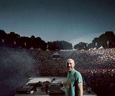 Is he God? Paul Kalkbrenner, Paris Hilton Dj, Top Dj, Hip Hop, Lollapalooza, Gorillaz, Rock, Italia, Music Festivals
