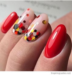 Red and dots, nice nails | Inspiring Ladies