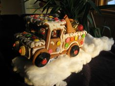 Gingerbread truck - I am SO making this next year!