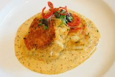 Jumbo lump crab cake with grilled tomato-mustard sauce at Pierpont's at Union Station