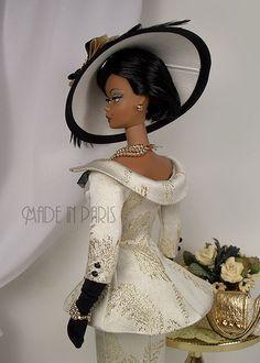 """*MADE IN PARIS* """"Rhapsody in Gold"""" For Silkstone Barbie"""