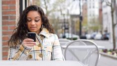 It's science: sending a loving text can help keep your marriage strong