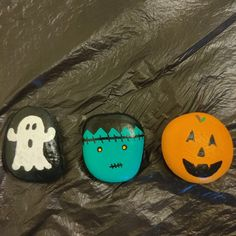 Halloween set! 🎃 $30 + shipping and handling Painted Rocks For Sale, Halloween Rocks, Hand Painted