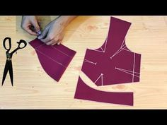 Blouse cutting Easy Method step by step full tutorial Simple Saree Blouse Designs, Simple Blouse Pattern, Fancy Blouse Designs, Saree Blouse Patterns, Dress Neck Designs, Girls Dresses Sewing, Dress Sewing Patterns, Skirt Patterns, Coat Patterns