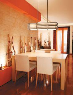 #Salleamanger de style #contemporain avec #suspendu. / #Contemporary #diningroom with #pendant.