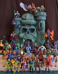 Alot of kewl Heman figures – Action Figures Vintage Toys 80s, Retro Toys, Childhood Toys, Childhood Memories, Morning Cartoon, Old School Toys, 1980s Toys, Universe Art, Toys Shop