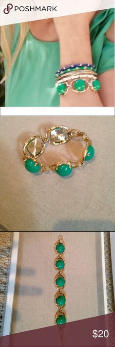 Stella and dot Zinnia bracelet Green bauble bracelet. Gold plated detail. *only one bracelet sold...not the stack shown in stock photo*. Never worn. Great condition. Stella & Dot Jewelry Bracelets