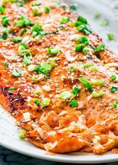 Asian Glazed Salmon in FoilFollow for recipesGet your FoodFfs  Mein Blog: Alles rund um Genuss & Geschmack  Kochen Backen Braten Vorspeisen Mains & Desserts!