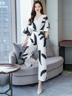 Floral Print Rompers Jumpsuit Combinaison Femme Clothes Trendy Overalls Summer Macacao Feminino Size M Color as photo - - Source by Casual Work Outfits, Classy Outfits, Chic Outfits, Trendy Outfits, Casual Dresses, Essentiels Mode, Fashion Pants, Fashion Outfits, Pakistani Fashion Casual