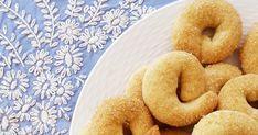 βουτυρομελο συνταγες μαγειρικη ζαχαροπλαστικη γλυκα voutyromelo voutiromelo sintages mageiriki glika Marzipan, Bagel, Doughnut, Bread, Cookies, Desserts, Food, Tailgate Desserts, Biscuits