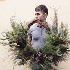wreath by @hermeticaflowers viawww.pithandvigor.com