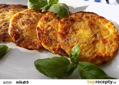 Pečené zelníky se slaninou recept - TopRecepty.cz French Toast, Turkey, Meat, Chicken, Breakfast, Recipes, Dinner Ideas, Food, Morning Coffee