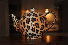 just messing around love leopard print and decided to take a snap of michelles tea pot lol
