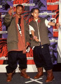 90s Hip Hop, Hip Hop Rap, Hip Hop Images, Kris Kross, Emma Carstairs, Hiphop, Hip Hop Classics, Hip Hop World, Standing Poses