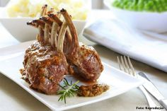 Collection of rack of lamb recipes Lamb Ribs, Lamb Chops, Lamb Dishes, Tasty Dishes, Lamb Rack Recipe, Menu Saint Valentin, Plats Ramadan, Meat Farms, Prime Steak