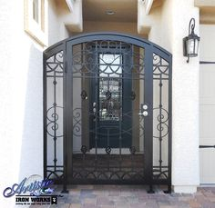 Jalisco - Arched wrought iron with bird's nest and scrolls - Model: CE0373