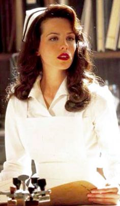 Pearl Harbor - Kate Beckinsale/Evelyn - World War 2 - 40's hairstyle and make-up