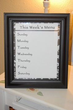 DIY weekly menu planner. This would be cool in our house.. We make a dinner list EVERY week