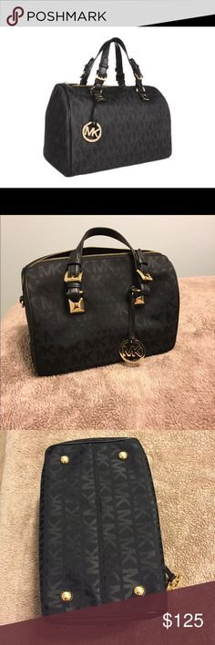 Michael Kors Grayson Michael Kors Grayson black with gold hardware / very gently used / medium size 10 x 11.5 x 7 / hardware doesn't have any scratches, bag is clean and has no wear / no crossbody strap or dust bag / smoke free home Michael Kors Bags Satchels