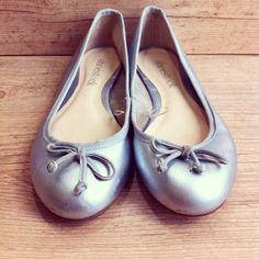 Sapatilha Shoestock - pézinho 36 #garimperia #brechó #comprinhas #online #temnosite #sapatilha #sapatos #love