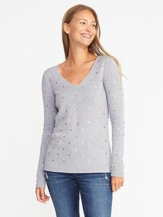 The V-neck sweater made of 20% nylon, 25% viscose rayon and 55% cotton.  completely machine washable for easy cleaning.