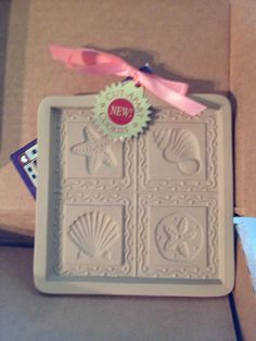 RARE BROWN BAG COOKIE, CHOCOLATE, PAPER MOLD SEASHELL CUT-APART - EX COND NEW