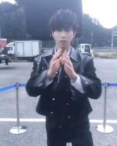 Stray Kids Minho, Stray Kids Seungmin, Felix Stray Kids, Rapper, Baby Squirrel, Kids Icon, Aesthetic Videos, Kids Videos, Lee Know