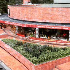 Encuéntranos también en el Mall Indiana Km 17, Vía Las Palmas. Local 112. ☎ 386 0060 - 386 0891  Todo importado por @claracvasquez, directamente desde algún mágico lugar del Sudéste Asiático.  #asia #cultura #buda #indonesia #bali #medellin #medellín #colombia #timor #arquitecto #arquitectura #Decoración #interiorismo #interior #diseñodeinteriores #casa #apartamento #oficina #arquitectos #arquitectomedellin #diseñador #espacios #luxury #lujo #decorador #yoga #spa