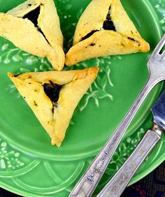 Savory Spinach Hamantaschen Never would have thought of this