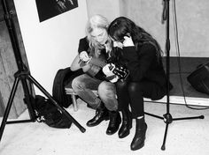 Patti Smith and PJ Harvey at the Ann Demeulemeester book signing. LOVE THIS.
