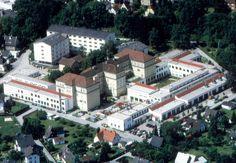 IT-Fachkräftemangel führt zu einer neuen Fachrichtung an der HTL Steyr Steyr, Mansions, House Styles, Home Decor, Decoration Home, Manor Houses, Room Decor, Villas, Mansion