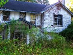 Exploring a 150 Year Old House - YouTube