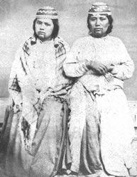 Yurok. Women with various chin tattoos, ca. 1890s.